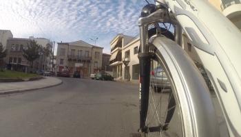 Σήμερα 23/02/18 στις 19:25 στο CineVille στην Τρίπολη, η προβολή της ταινίας Mια Zωή …. Ποδήλατο της Ευστρατίας Λιακοπούλου...